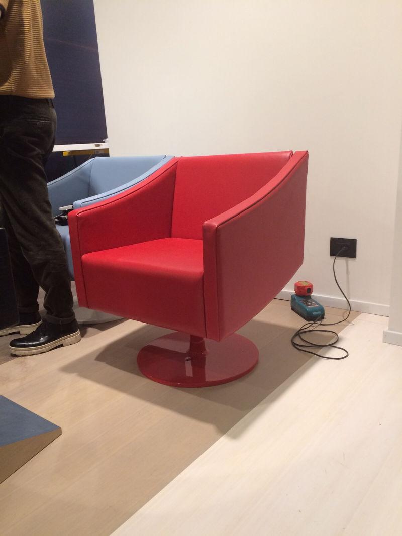 Compra cuoio e pelle online per sedie poltrone arredamento for Pelle per arredamento